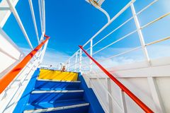 Etapas coloridas do ferryboat vistas de baixo de Foto de Stock