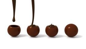 Etapas de enchimento do confeito do chocolate de leite com creme escuro do chocolate Imagens de Stock Royalty Free