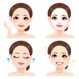 Etapas de lavagem da cara da mulher