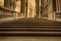 Etapas de uma escadaria antiga Imagens de Stock