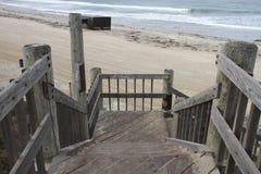 Etapas do passeio à beira mar à praia Imagens de Stock