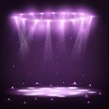 Etapp med strålkastare och gnistaregn Arkivfoto