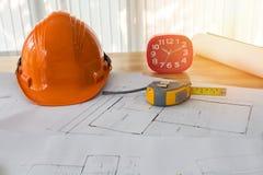 Шлем и etc на светокопии, архитектурноакустическая концепция стоковая фотография