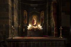 Etchmiadzin Armenien, September 17, 2017: Inre av helgonet Hrip Royaltyfri Foto