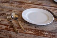 Etend materiaal dat op de eettafel wordt geschikt royalty-vrije stock foto's