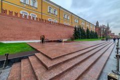 Eternal flame in Moscow guarded by soldiers. Moscow, Russia - Oct 21, 2016. Eternal flame in Moscow guarded by soldiers stock images