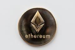 Ethereum золотых монеток, тайнопись стоковые фото