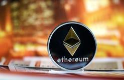 Ethereum en fondo colorido Imagen de archivo libre de regalías