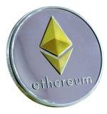 Ethereum-Münze silberne und goldene Ethereum-Münze lokalisiert auf Weiß Lizenzfreies Stockbild