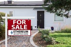 Ethereum werden als Zahlung angenommen lizenzfreies stockfoto