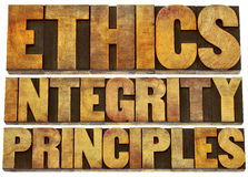 Ethiek, integriteit en principes in houten type royalty-vrije stock foto