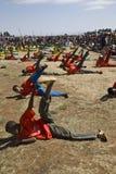 ethiopian övningar som perfoming ungdommen Royaltyfria Bilder