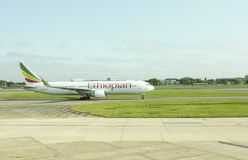 Ethiopian Airlines-Flugzeug bei Heathrow Stockfoto