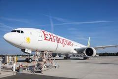 Ethiopian Airlines flygplan Royaltyfri Fotografi