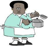 Ethnische Frau, die einen Suppentopf und einen Schöpflöffel hält Stockfoto