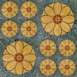 Ethnisches dekoratives nahtloses Muster von gelben Blumen stockfotografie