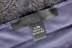 Etichetta dei vestiti di dimensione Fotografia Stock Libera da Diritti