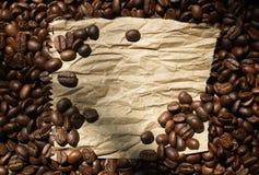 Etichetta del pacchetto sui beens arrostiti del caffè Fotografia Stock Libera da Diritti