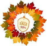 Etichetta di autunno e confine della foglia Fotografie Stock Libere da Diritti