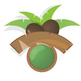 Etichetta moderna con la noce di cocco, la palma e il bunner di legno Fotografia Stock Libera da Diritti