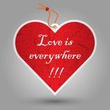 Etichetta rossa del cuore del biglietto di S. Valentino Immagini Stock Libere da Diritti
