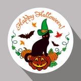 Etichetta rotonda con il gatto nero nel cappello della strega, in zucca e nel ` disegnato a mano Halloween felice del testo! ` Immagine Stock