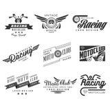 Etichette d'annata, distintivi, testo e progettazione del motociclo illustrazione di stock