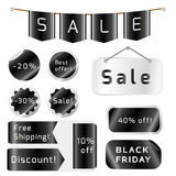 Etichette nere di vendita di venerdì isolate su fondo bianco Immagine Stock
