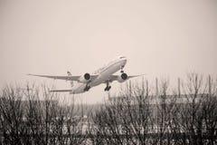 Etihad Airways Boeing 777-300 A6-ETS Photographie stock libre de droits