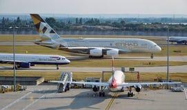 An Etihad Airways (EY) Airbus A380 Royalty Free Stock Photos