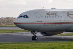 Etihad Airways-Luchtbus A330 royalty-vrije stock fotografie