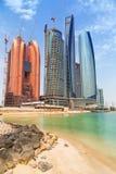 Etihad ragt Gebäude in Abu Dhabi, UAE hoch Lizenzfreie Stockfotografie