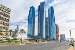 Etihad står högt byggnader i Abu Dhabi Royaltyfri Fotografi