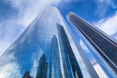 Etihad står högt byggnader i Abu Dhabi, UAE Royaltyfria Bilder