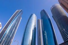 Etihad-Türme in im Stadtzentrum gelegenem Abu Dhabi Lizenzfreies Stockbild