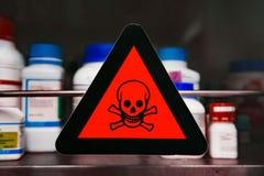 Etiket giftige chemische producten stock foto's