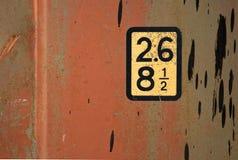 Etiket op standaard rode vracht verschepende container Stock Foto