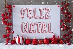 Etiket, Sneeuwvlokken, Ballen, Feliz Natal Means Merry Christmas Royalty-vrije Stock Foto's