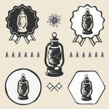 Etikett för emblem för symbol för tappning för lykta för fotogenlampa vektor illustrationer