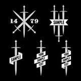 Etikett med svärd och bandet Royaltyfria Bilder