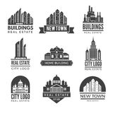 Etiketten of emblemen met beelden van verschillende moderne gebouwen royalty-vrije illustratie
