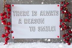 Etiketten snöflingor, jul garnering, citerar alltid anledning att le Fotografering för Bildbyråer