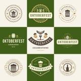 Etiketter, emblem och logoer ställde in ölfestival vektor illustrationer