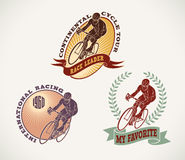 Etiketter för cykellopp royaltyfri illustrationer