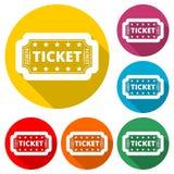 Etikettera symbolen, biobiljetten, färgsymbol med lång skugga Royaltyfri Foto