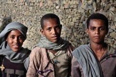 Etiopía: Muchachos etíopes orgullosos Imagenes de archivo