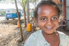Etiopisk flicka, stående Arkivfoto