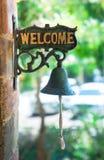 Etiqueta agradable con la campana vieja foto de archivo libre de regalías
