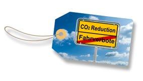 Etiqueta, etiqueta com alemão Roadsign - tradução: redução do CO2 e Imagem de Stock Royalty Free
