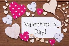 Etiqueta con el corazón rosado, día de tarjetas del día de San Valentín del texto Imagen de archivo libre de regalías